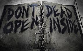 The Walking Dead Zombis En Serie Cambio Gui N Por Comida